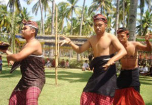 Tarian Suling Dewa Tarian Memanggil Hujan, Sebuah Keunikan Budaya Indonesia